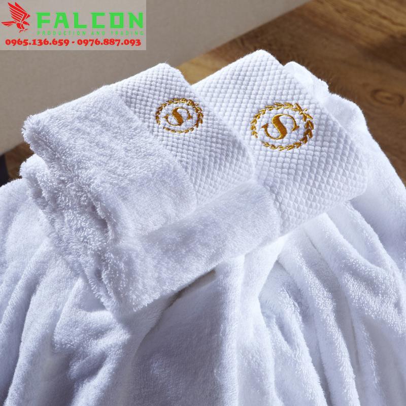 khăn tắm khách sạn 70x140