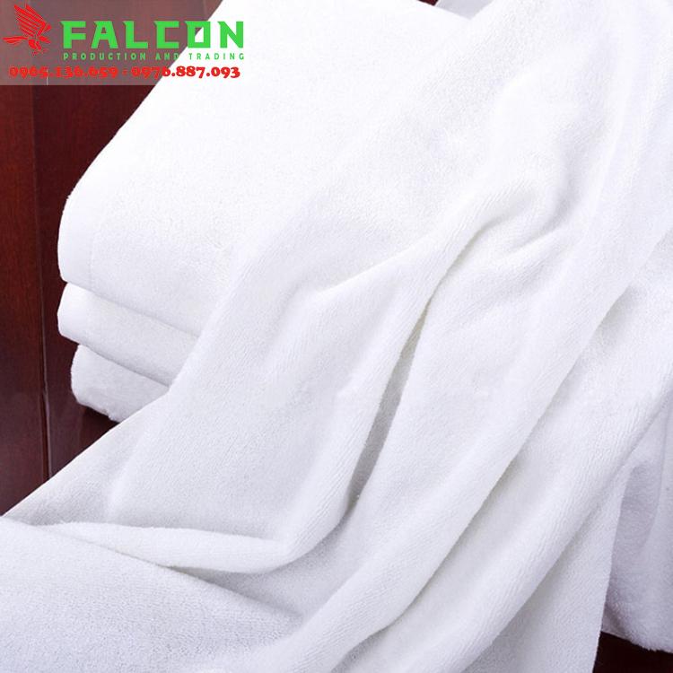 khăn tắm khách sạn kích thước 70x140cm